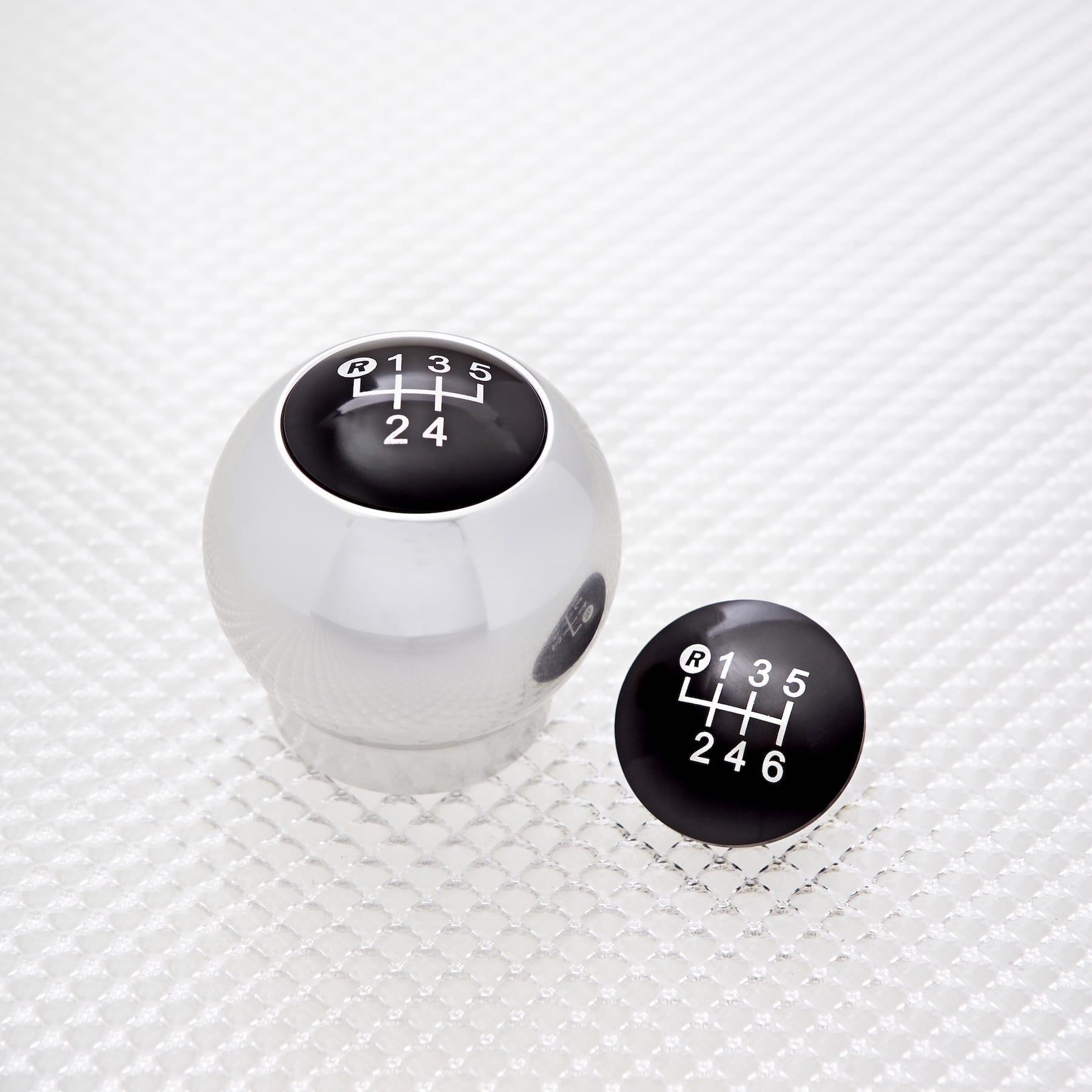 Gear Knob 'Speed Top' - aluminium silver (4 push-inGear pattern top pieces, 5 & 6 speed, reverse top left & bottom right)