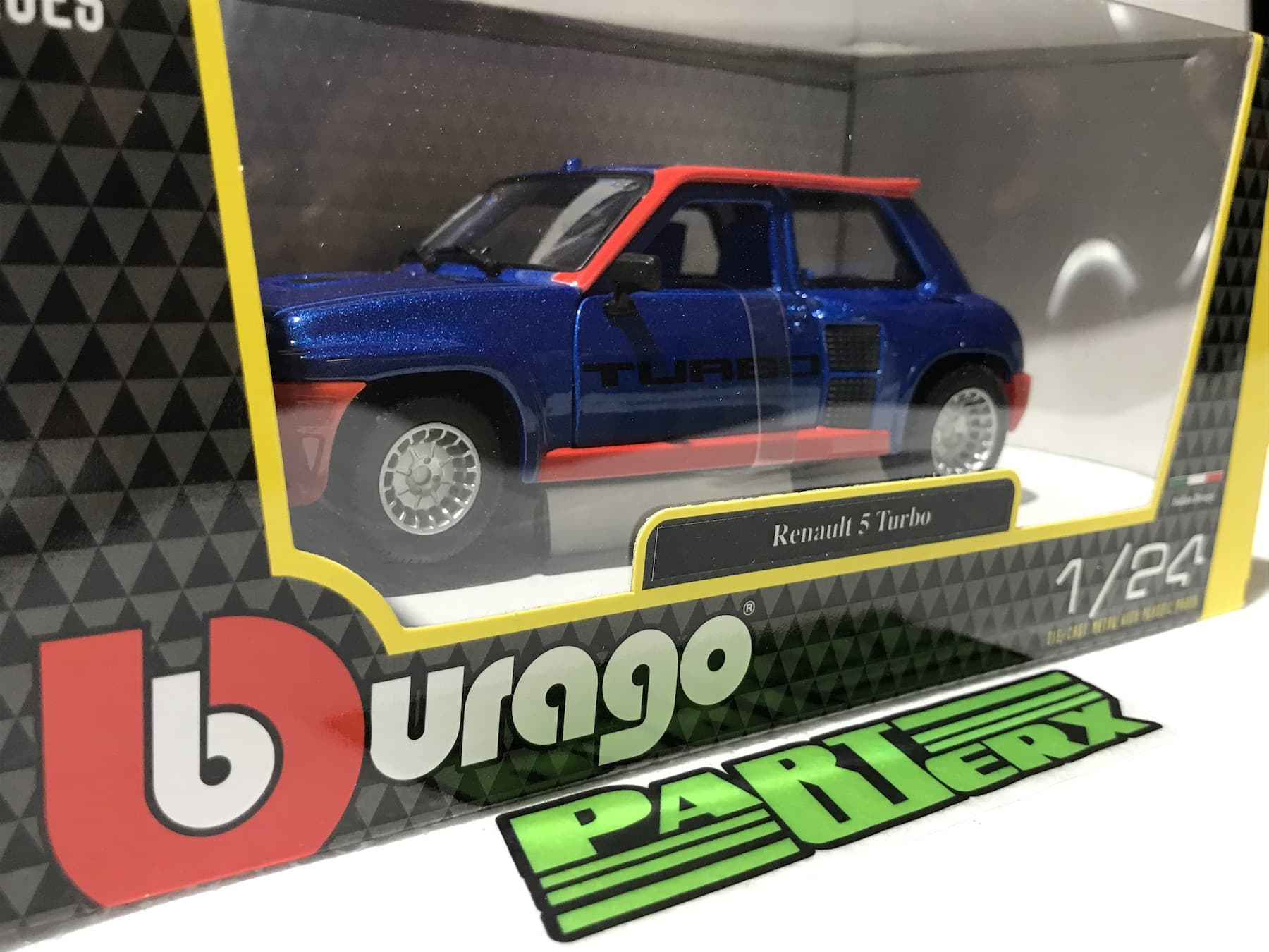 Renault 5 Turbo 1:24 Scale Model Toy Owners Collectors Enthusiasts Gift Birthday Present