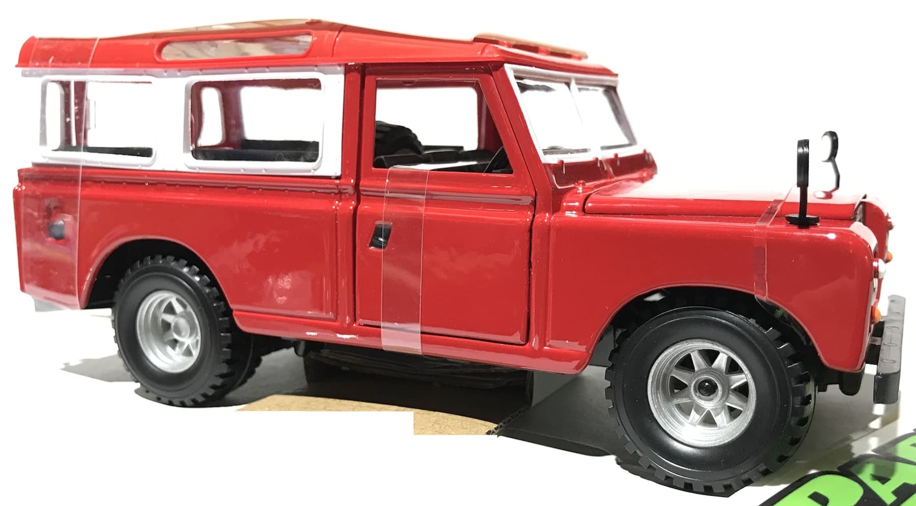 Land Rover MK2 Series II 1:24 Scale Model Car Christmas Gift Xmas Birthday Present