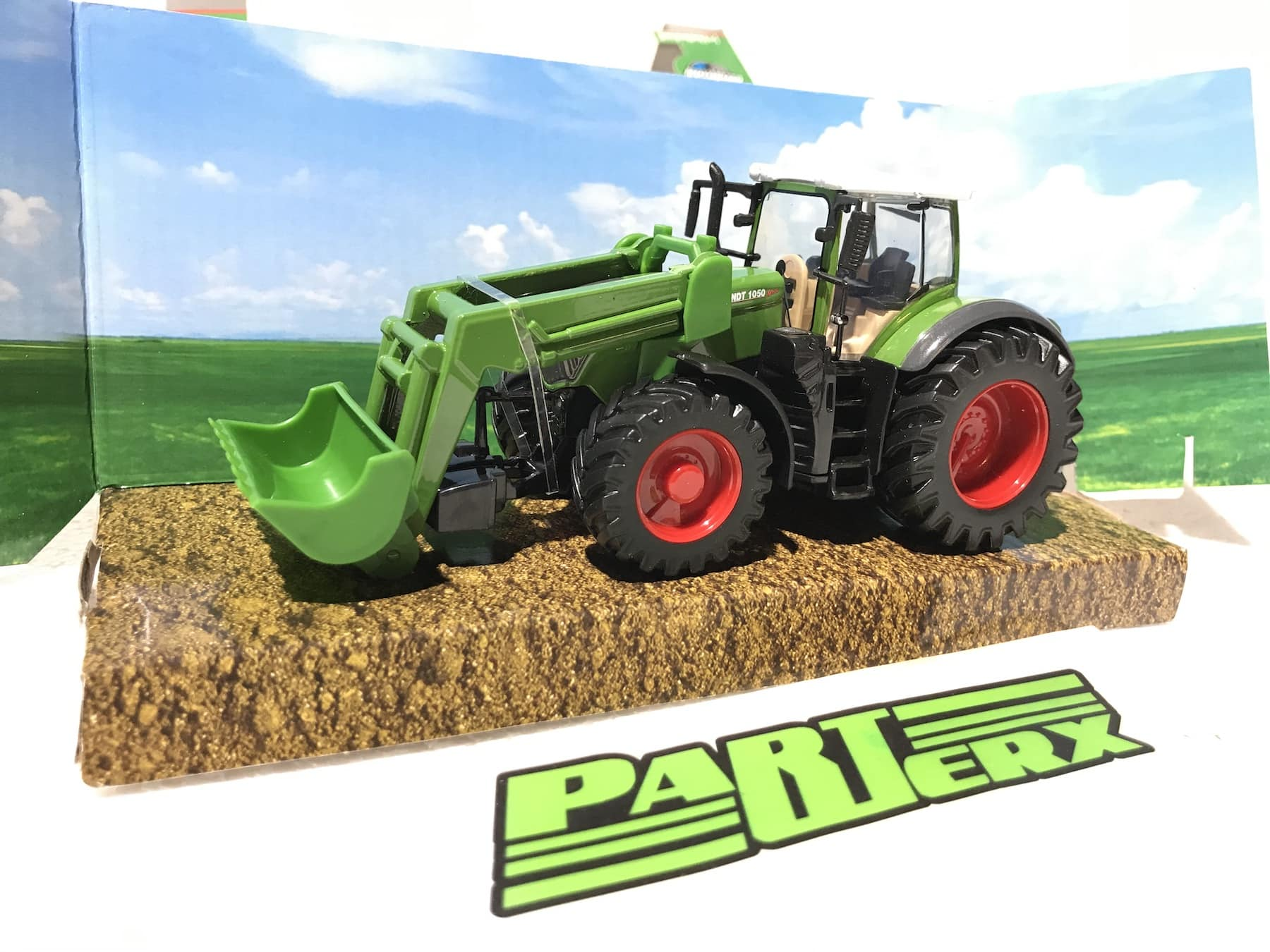 Fendt 1000 Vario Tractor + Front Loader Model Toy Childs Kids Enthusiasts Collectors Gift
