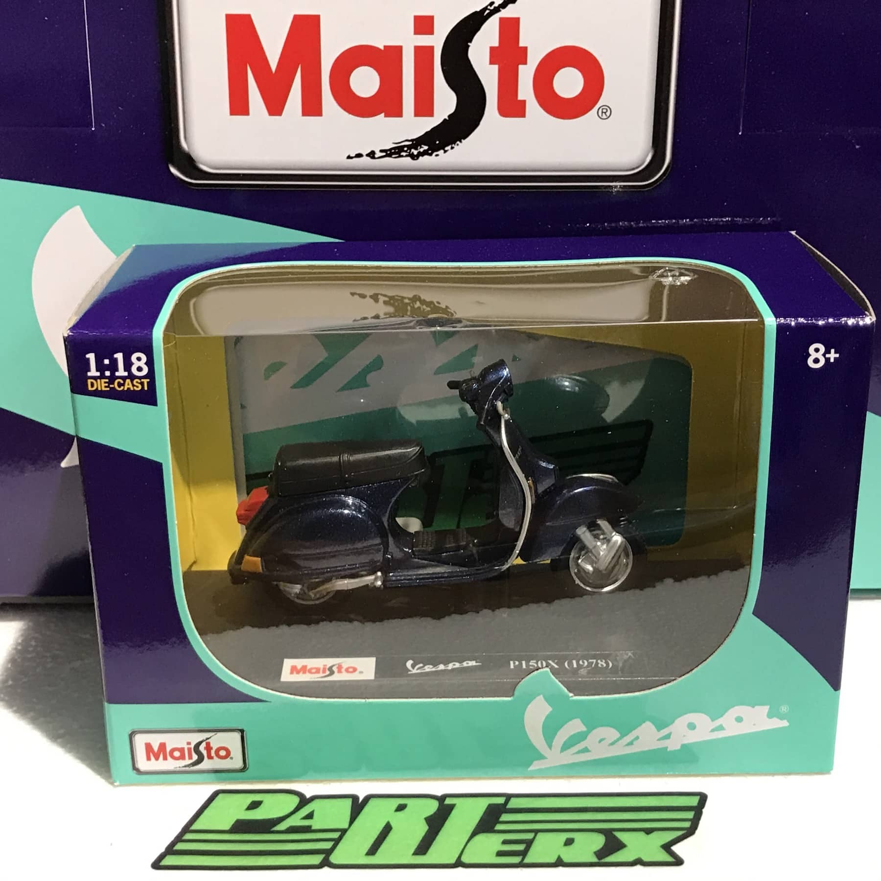 Vespa Scooter P150X 1978 1:18 Scale Model Kids Childs Toy Fathers Day Dads Gift Present