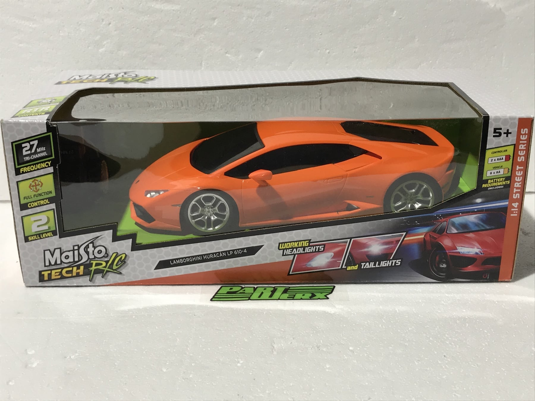 Lamborghini Huracan LP610-4 1:14 RC Radio Controlled Scale Model Car Kids Dads Gift Birthday Present